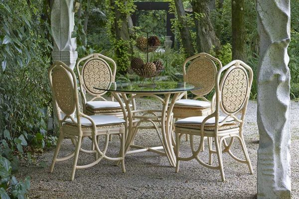 DFN-luxury-outdoor-furniture-natural-rattan-daisy-chair-and-irene-table