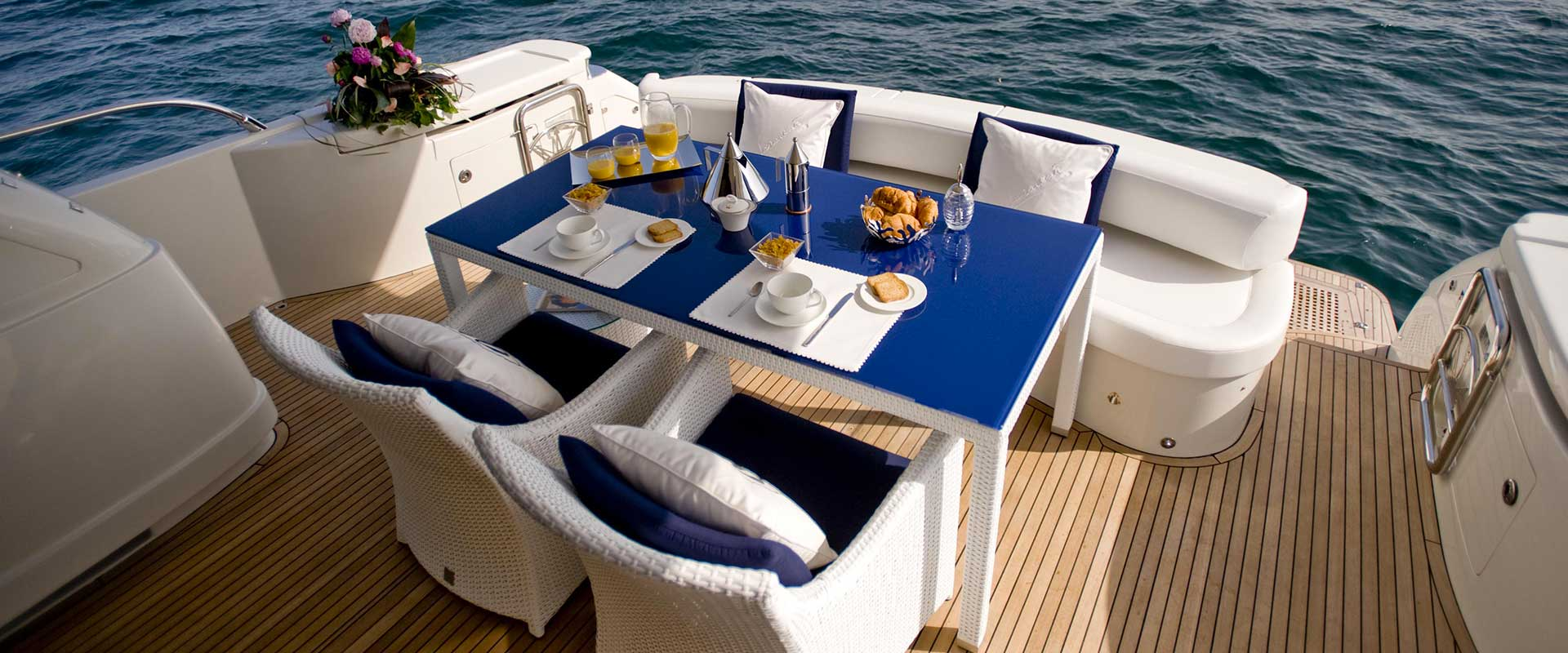 Outdoor collection lounge set on a yatch