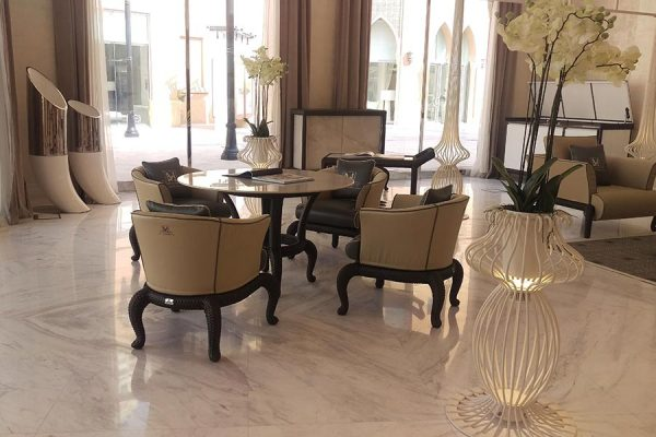 DFN-Luxury-outdoor-Furniture-doha-showroom-Samuele-mazza-table-and-chairs