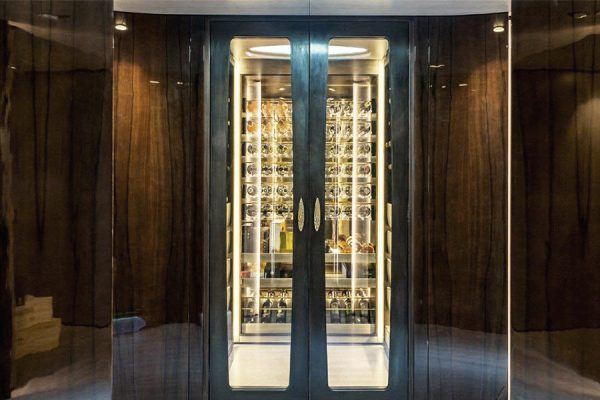 DFN-luxury-general-contractor-wine-cellar-entrance