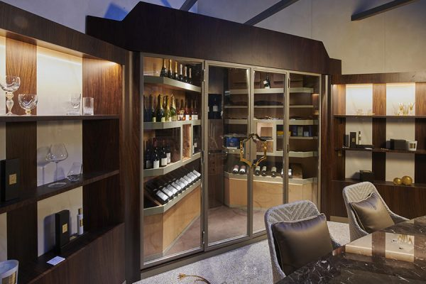 DFN-Luxury-wine-cellar-Campo-tayloring-woodworking-glasses-bottles